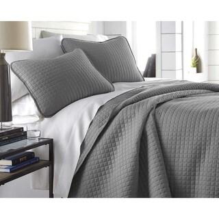 Oversized Solid 3-piece Quilt Set by Southshore Fine Linens