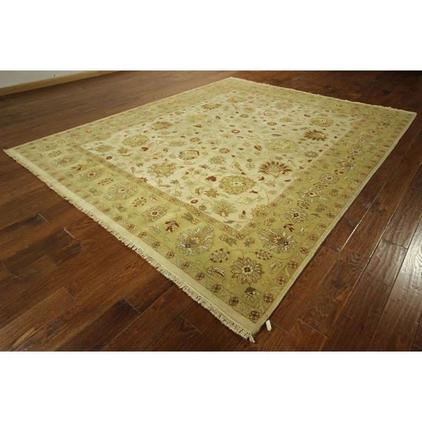 Vegetable Dyed Hand Knotted Floral Oushak Ivory Persian