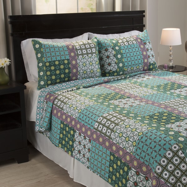 Windsor Home Thalia Cotton 3 Piece Quilt Set 17840296