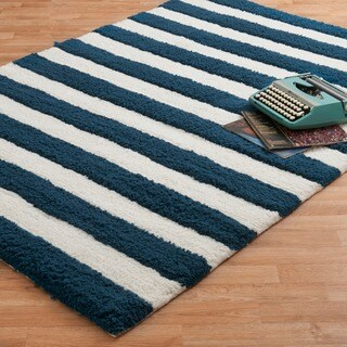 Hand-tufted Riley Navy/ White Striped Shag Rug (7'3 x 9'3)
