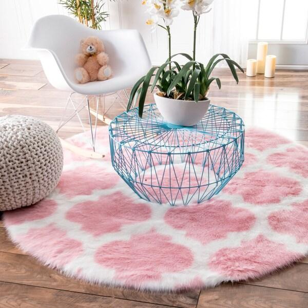 Nuloom Handmade Dotted Trellis Wool Kids Nursery Baby Pink: NuLOOM Cozy Soft And Plush Faux Sheepskin Tellis Shag Kids