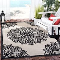 Safavieh Courtyard Floral Medallion Beige/ Black Indoor/ Outdoor Rug - 5'3 x 7'7