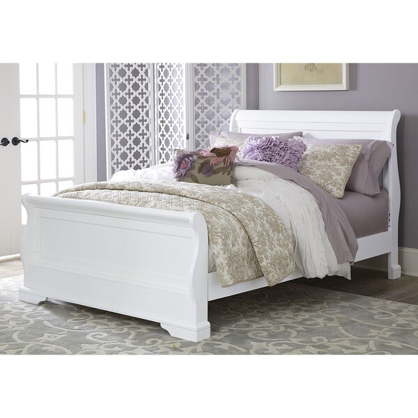 Walnut Street Full Riley White Wood Sleigh Bed With