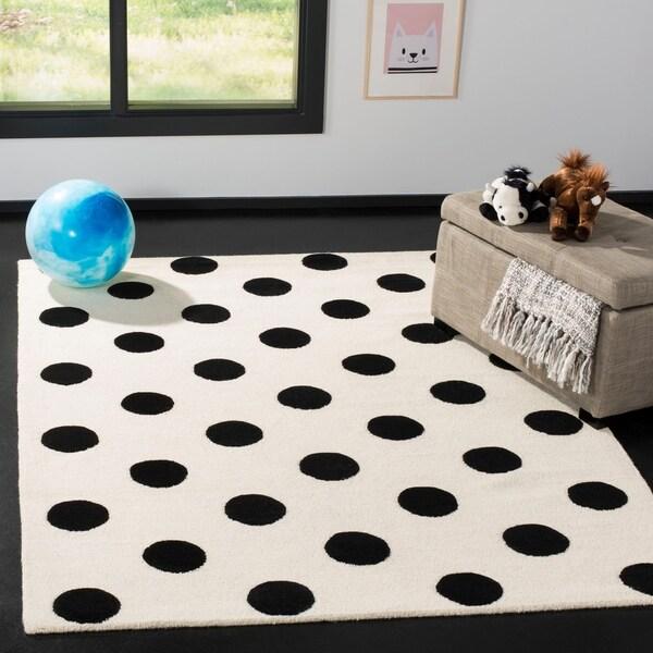 Safavieh Kids Transitional Geometric Hand-Tufted Wool Ivory/ Black Area Rug - 5' x 7'