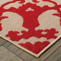Floral Medallion Sand/ Red Indoor/Outdoor Rug - 2'3 X 7'6