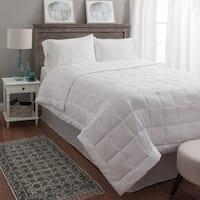 Super Soft Oversized White Down Alternative Blanket