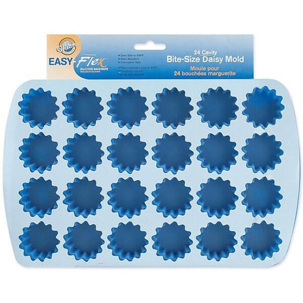 Wilton Easy Flex Silicone Bite Size 24 Cavity Daisy Mold
