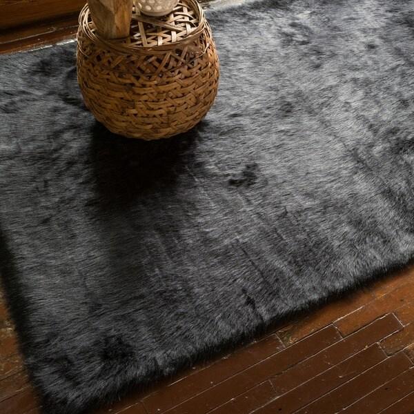 Overstock Shag Rug Jungle Sheep Skin Black Rug (3' x 5') - 12945568 ...