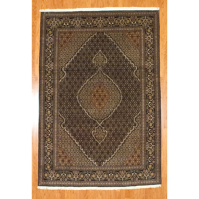 Hand-knotted Persian Tabriz Fish Design Black/ Ivory Wool
