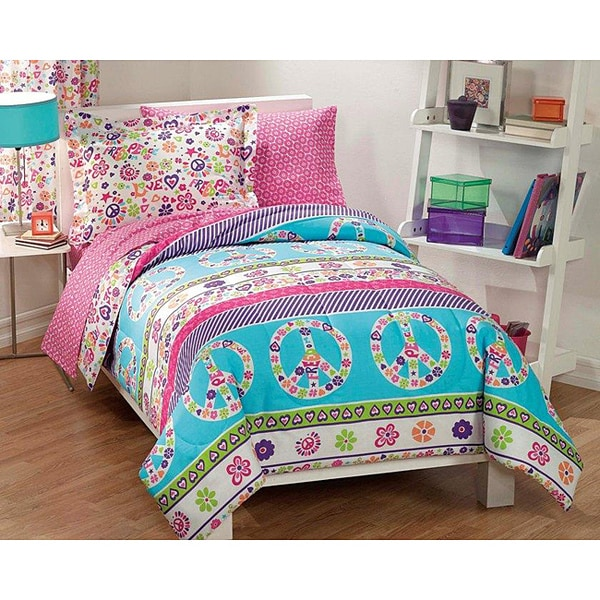 peace and love polyester cotton printed twin size 5 piece bed in a bag 13661285 overstock. Black Bedroom Furniture Sets. Home Design Ideas