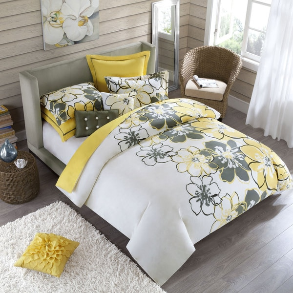 Allison Full Queen Size 4 Piece Yellow Polyester Comforter