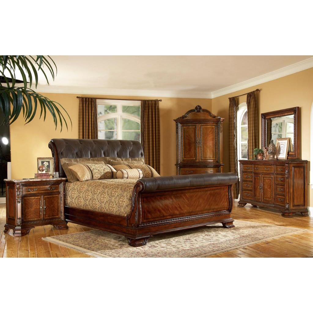 King-size 4-piece Wood/ Leather Sleigh Bedroom Set