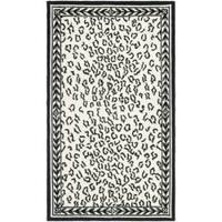Safavieh Hand-hooked Chelsea Leopard White Wool Rug - 2'9 x 4'9