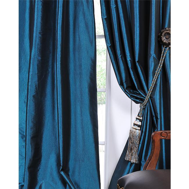 蓝色丝绸窗帘