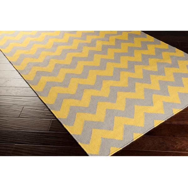 Chevron Hand Woven Rug: Hand-woven Mustard Chevron Yellow Wool Rug (5' X 8