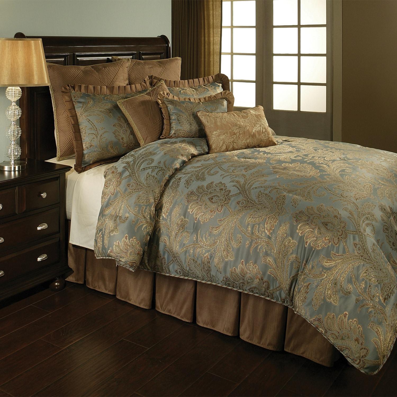 La Boheme Luxury 4-piece Queen-size Comforter Set