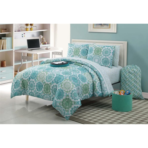 Isadora 11-piece Bed in a Bag with Sheet Set - Overstock ...