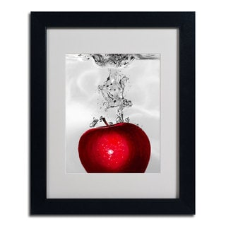 Roderick Stevens Red Apple Splash Canvas Art 13333193