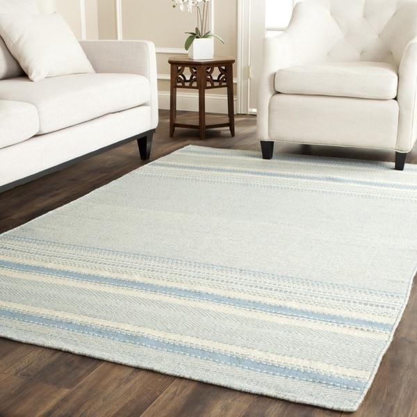 Safavieh Hand-woven Kilim Light Blue/ Ivory Wool Rug (4' X