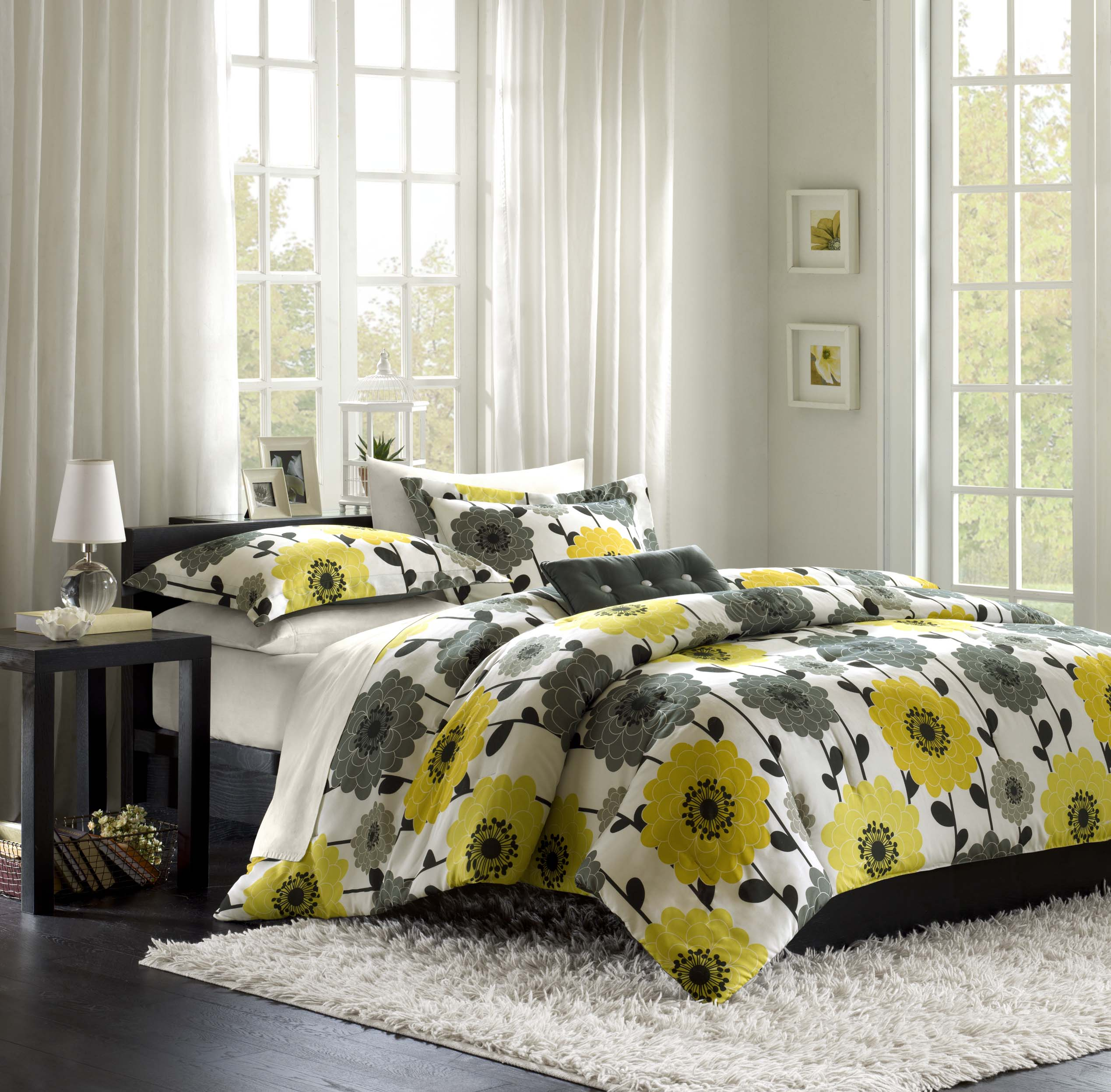 Yellow And Grey Bedroom Themes: Yellow And Gray Comforter Set
