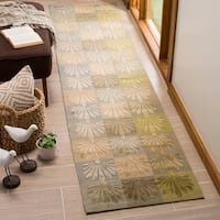 Martha Stewart by Safavieh Sanctuary Oasis Silk/ Wool Rug - 2'3 x 10'