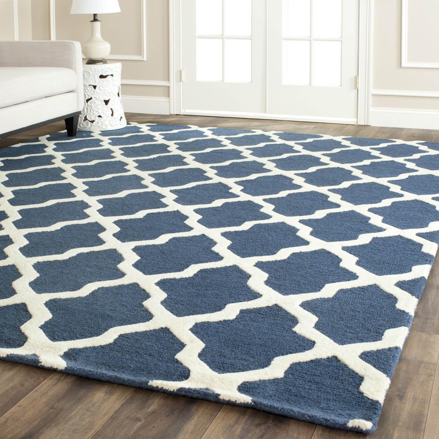Safavieh Handmade Moroccan Cambridge Navy Blue Ivory Wool