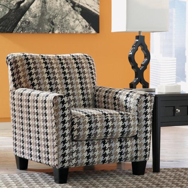 Strange Makonnen Accent Chair Ashley Makonnen Fabric Accent Chair In Short Links Chair Design For Home Short Linksinfo