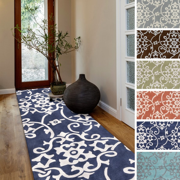 Hand-tufted Floral Contemporary Runner Rug (2'6 X 8