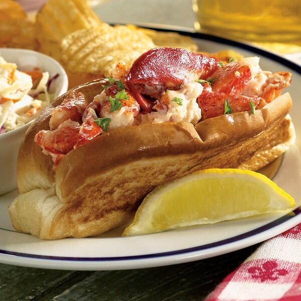 Hancock Gourmet Downeast Gourmet Lobster Rolls (Pack of 8 ...