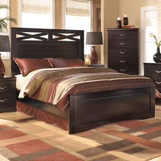 Signature Design By Ashley Maribel Panel Bed 16557610