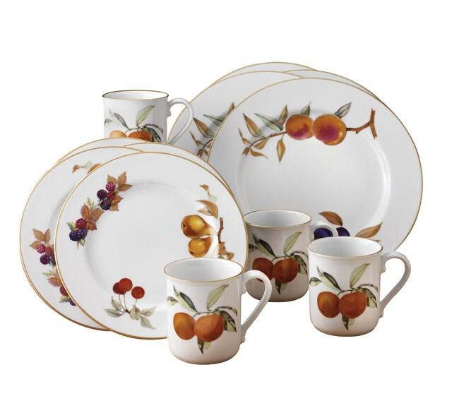 Royal Worcester Evesham Gold 12 Piece Dinnerware Set