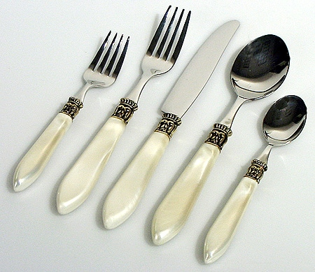 Wallace St Moritz Ivory Handle Flatware 012008
