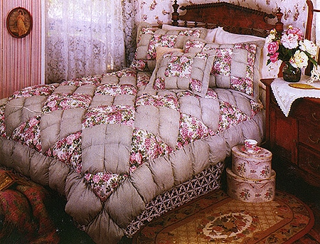 English Rose Patchwork Puff Quilt Set King Overstock
