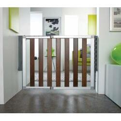 Munchkin Numi Dark Wood Child Safety Gate 14292815