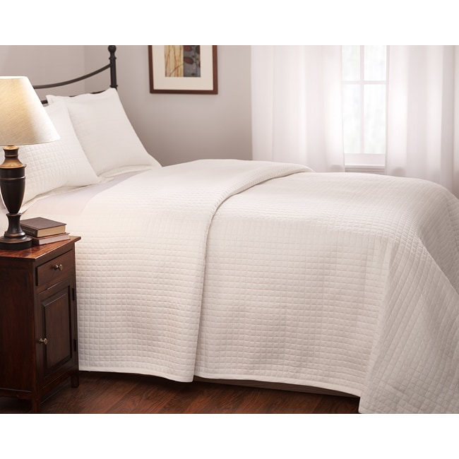 Roxbury Park Quilted King Size White Coverlet 13593399
