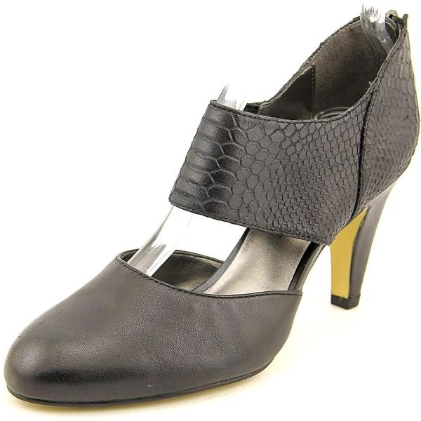 Bella Vita Neola Women WW Round Toe Leather Black Heels