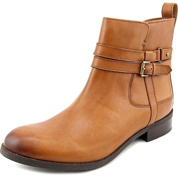 Clarks Narrative Pita Austin Round Toe Leather Ankle Boot