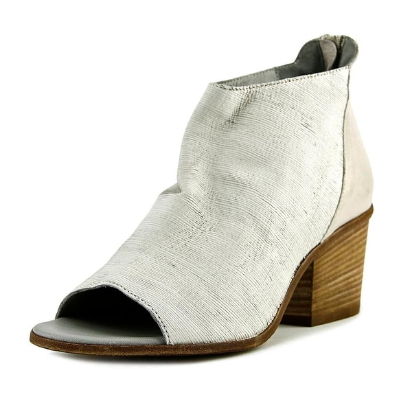 VC Signature Ashley Women Peep-Toe Leather White Bootie